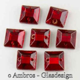 Aufnäh Kristalle Qadrat 8mm Rubin Rot / Sim VE 12
